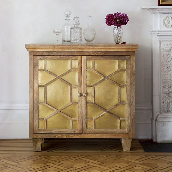 Zippy Wooden SIDEBOARD