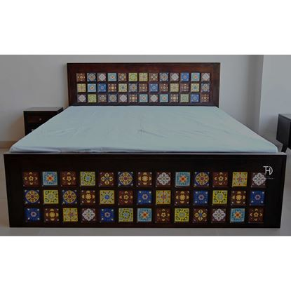 Buy Mandawa bed online on disocunt